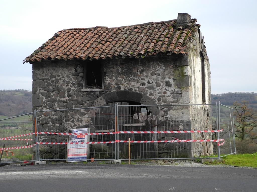 Restauration du b ti rural cantalien auvergne for Auberge maison gauthier tadoussac