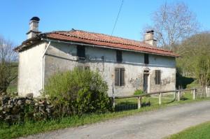 Près de Cros-de-Montvert : l'un tes toits plats les plus septentrionaux.
